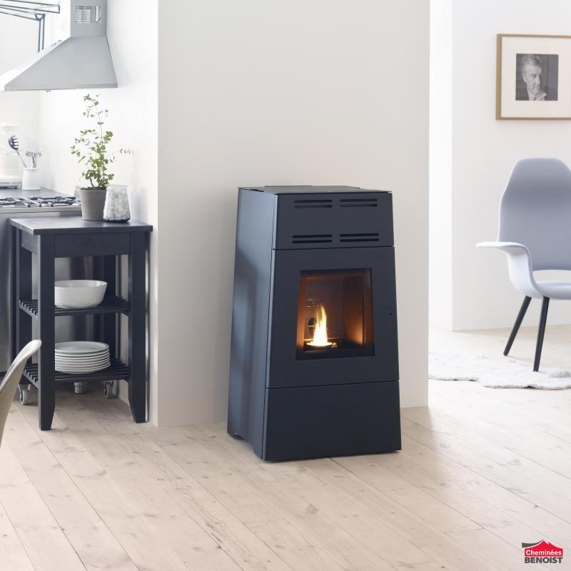 jotul pf 600 et 900 mod les en forme de trap ze po les granul en normandie chemin es. Black Bedroom Furniture Sets. Home Design Ideas